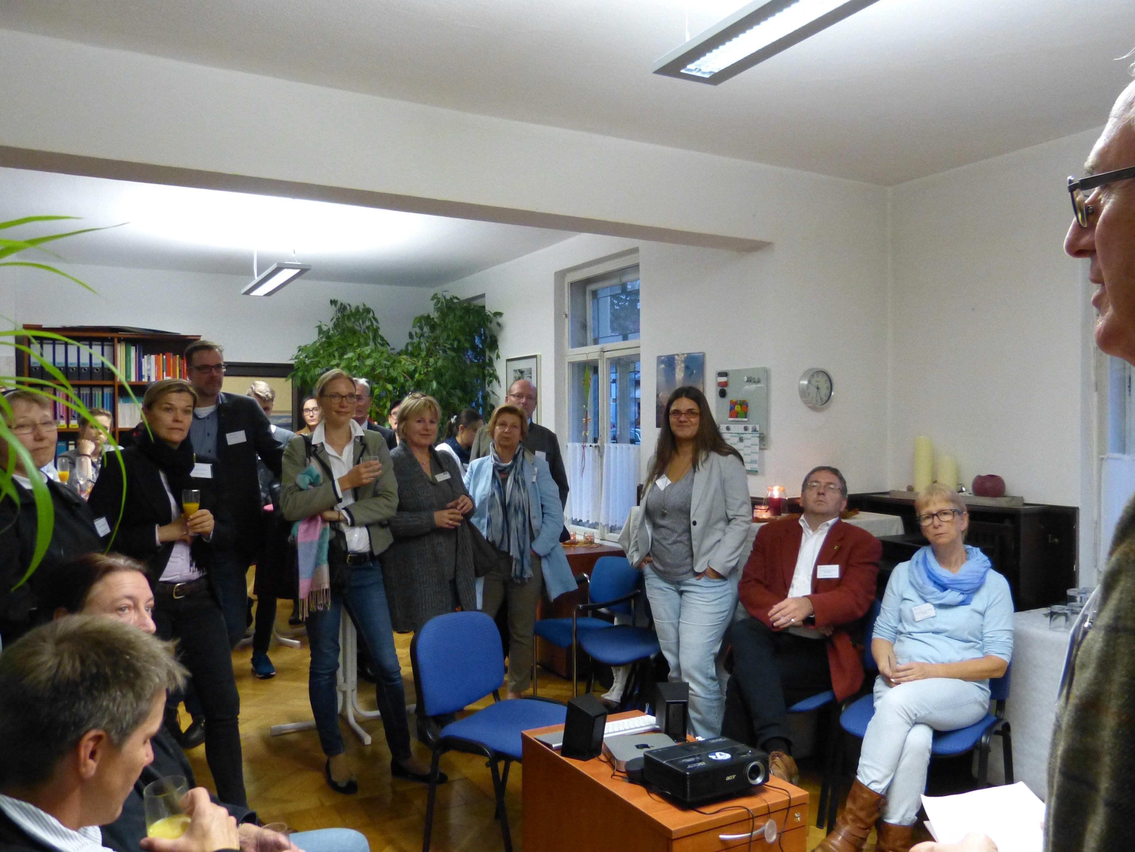 Begrüßung der Gäste durch Herrn Weger (1. Vorstizender)